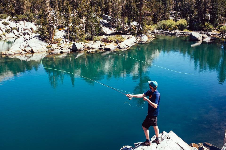 アクション, 大人, アドベンチャー, 夏時間, 環境, 釣り, 湖, 風景, レジャー, 男, 山, 自然