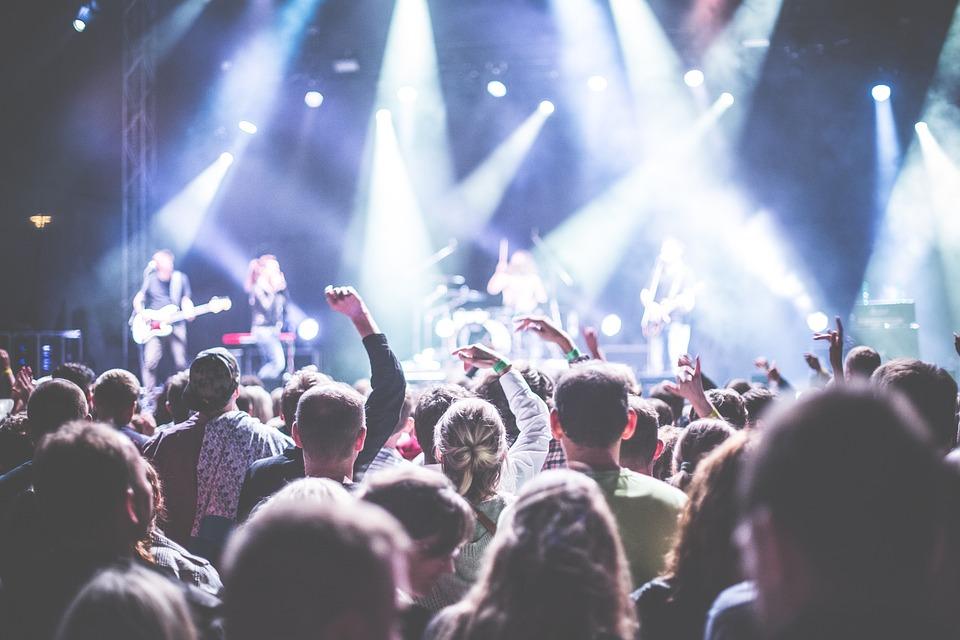 視聴者, バンド, 祝賀, コンサート, 群衆, 祭り, ライト, 音楽, ミュージシャン, ナイトライフ