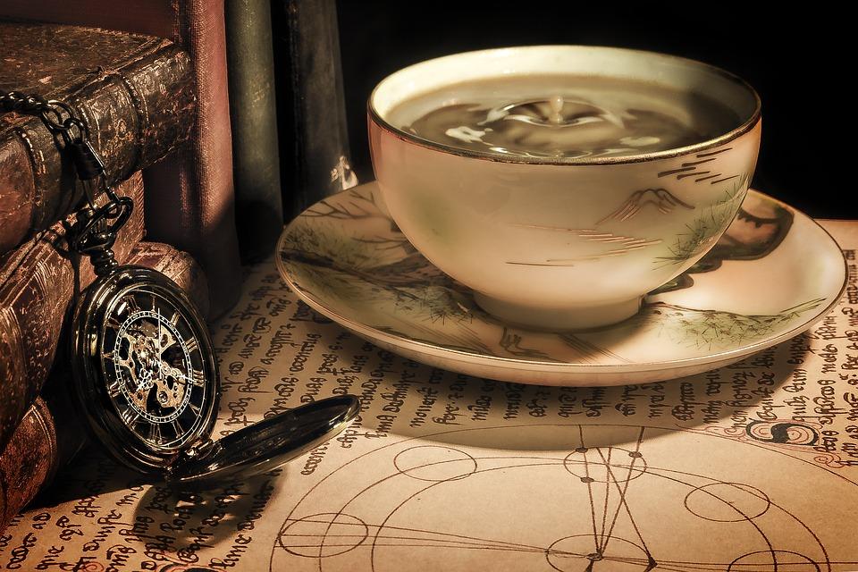 https://cdn.pixabay.com/photo/2016/11/29/12/52/coffee-1869647_960_720.jpg