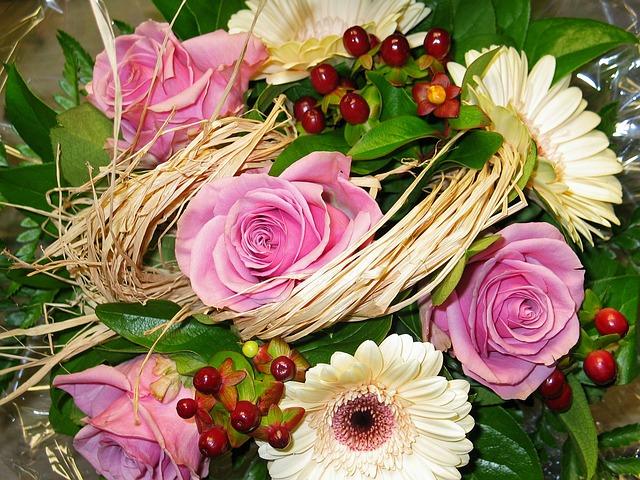 Bouquet flowers of free photo on pixabay - Image bouquet de roses gratuit ...