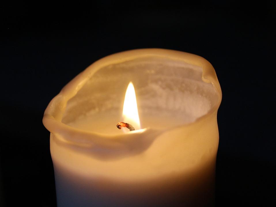 kostenloses foto kerze trauer licht kerzenlicht kostenloses bild auf pixabay 1872734. Black Bedroom Furniture Sets. Home Design Ideas