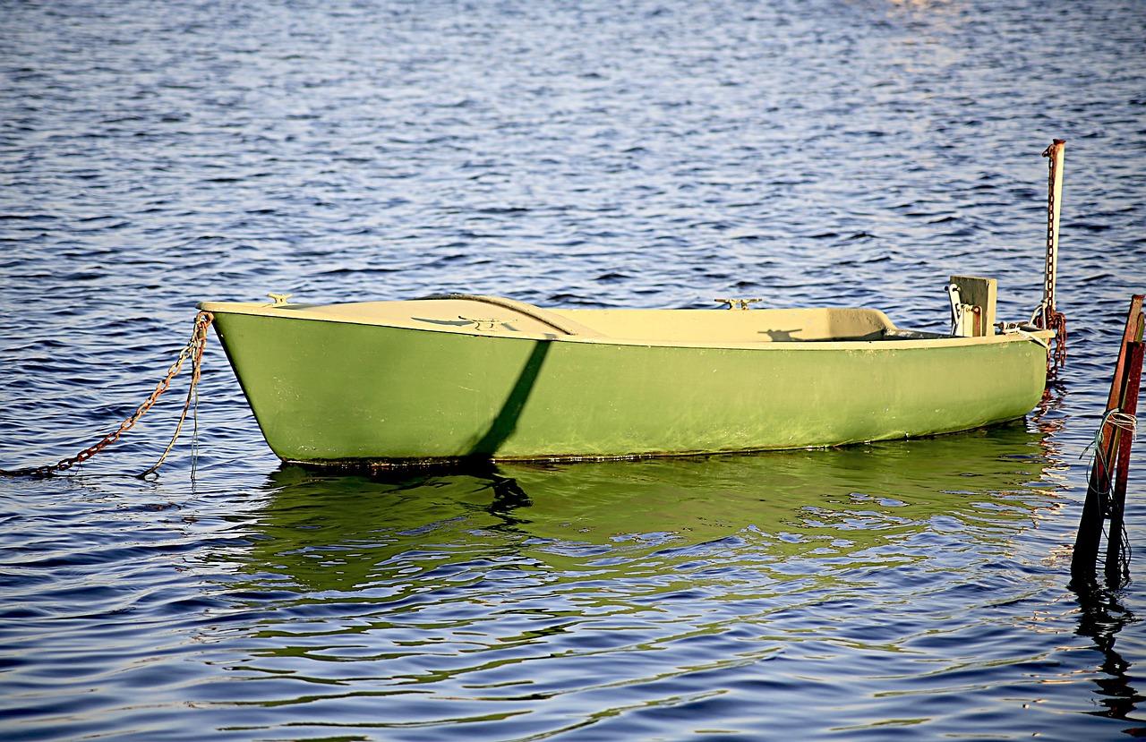готовы лодка открытка фото лёд
