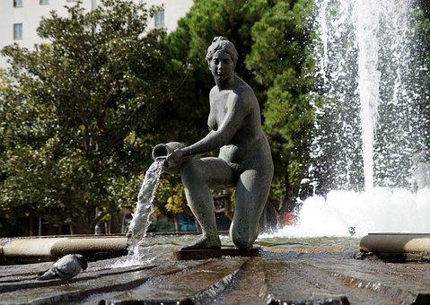 fountain-1875986__340.jpg