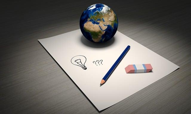 アイデア, 世界, ペン, 消しゴム, 紙, 電球, 質問マーク, マーク, 質問, 鉛筆, 描画, 地球