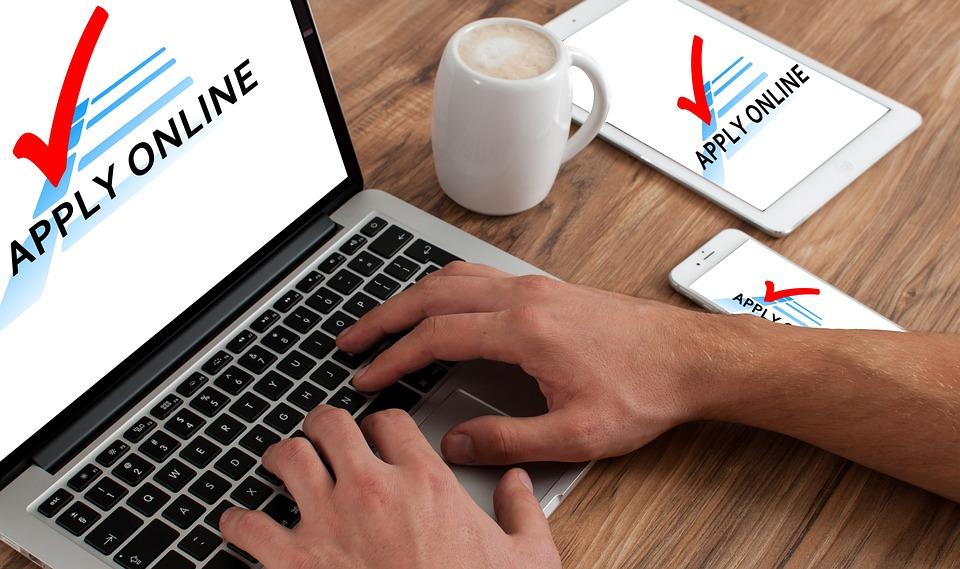application online macbook free photo on pixabay