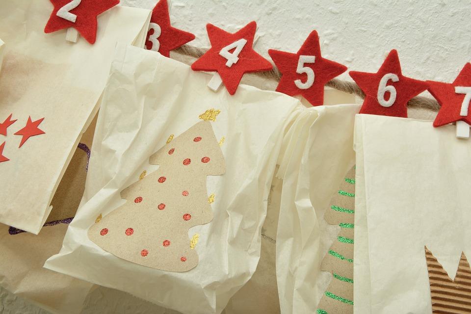 Adventskalender, Päckchen, Verpackt, Adventszeit