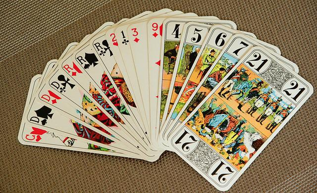 playing-cards-1897030_640.jpg