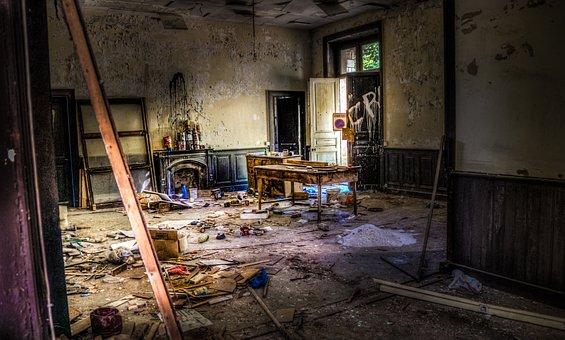 放棄します, 不法占拠, ゴミ箱, ずんぐりしました, 放棄された, 建物