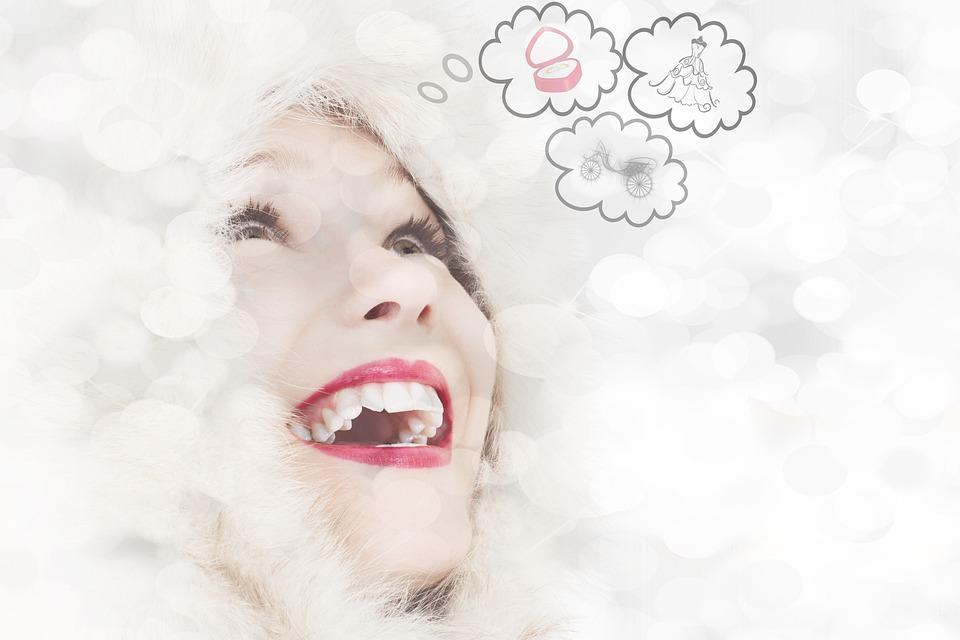 女性, 思考, 人間, 人, 顔, 単独, 思いやりのある, 夢, 感情, ジェスチャ, 夢のような