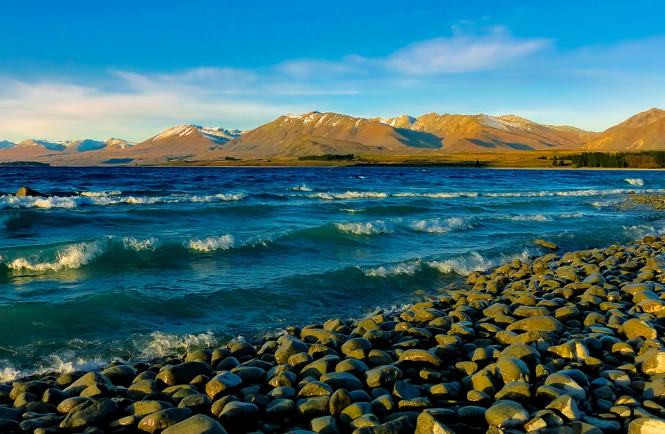 lake tekapo new zealand mountains  u00b7 free photo on pixabay