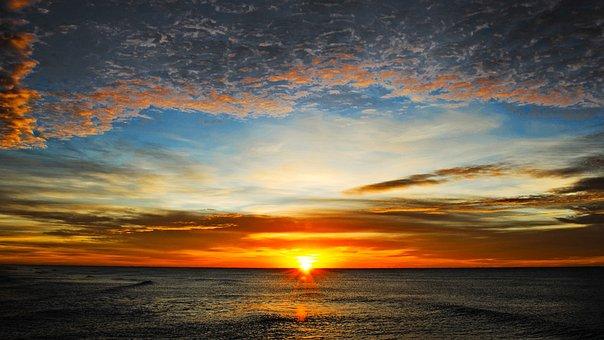 Breaking Dawn, Ήλιος, Ηρεμία, Θάλασσα