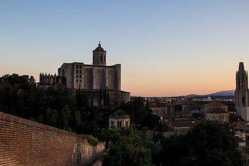 Qué ver qué hacer en Gerona, Panorámica de la Catedral y ciudad de Gerona, Girona