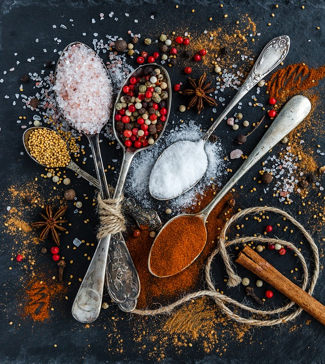 Sale, Pepe, Cucchiai, Spezie, Ingredienti, Condimenti