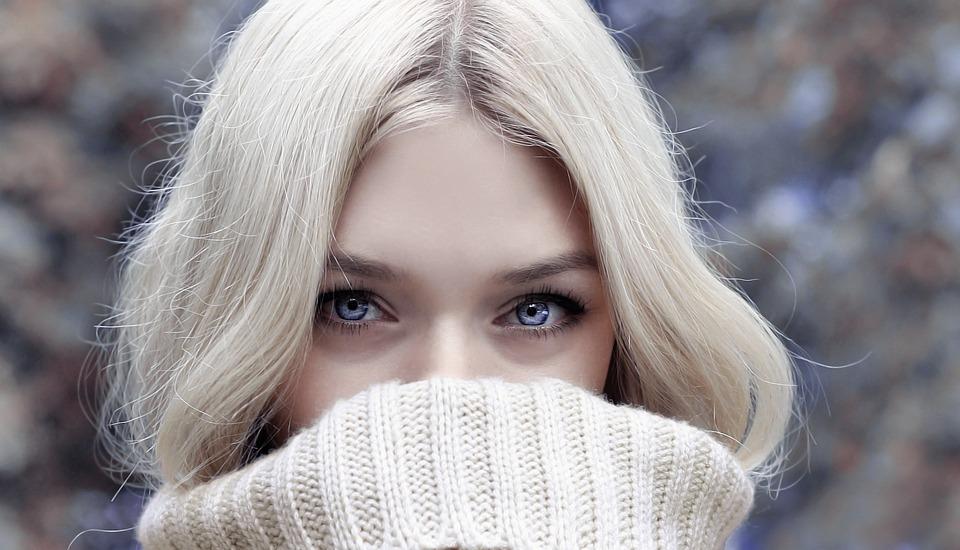 Женщина, Блондинка, Смотреть, Ищу, Голубые Глаза, Лицо