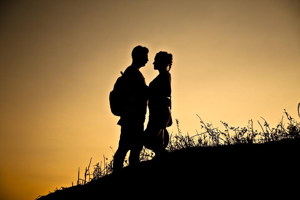 Gotland, unga lesbisk dating tjänster, titta på gamla lesbiskt uppkopplad hane vuxen uppkopplad dating webbplatser webbplats min dating råd.