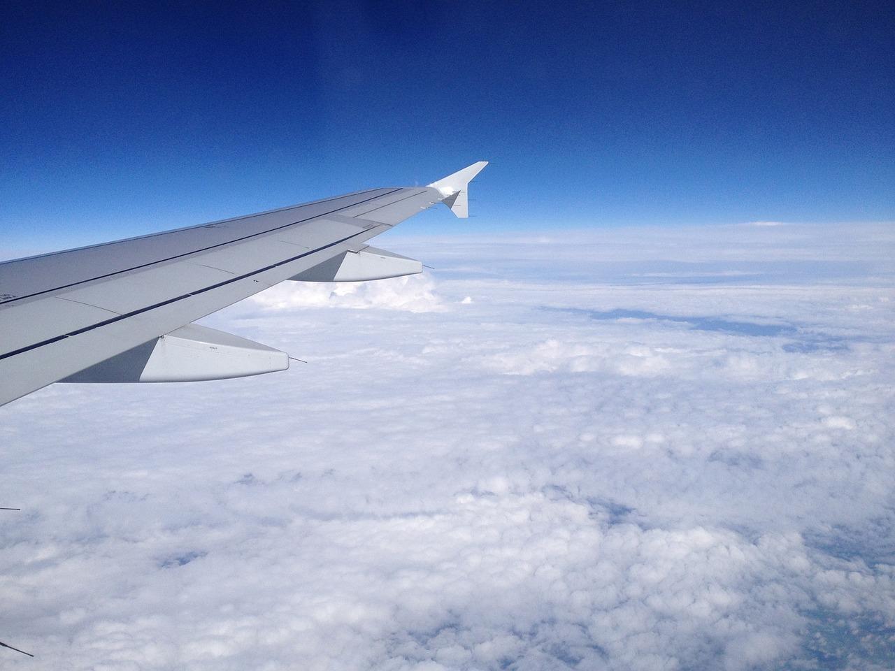 нужны картинки самолет в небе зимой ролики вашего
