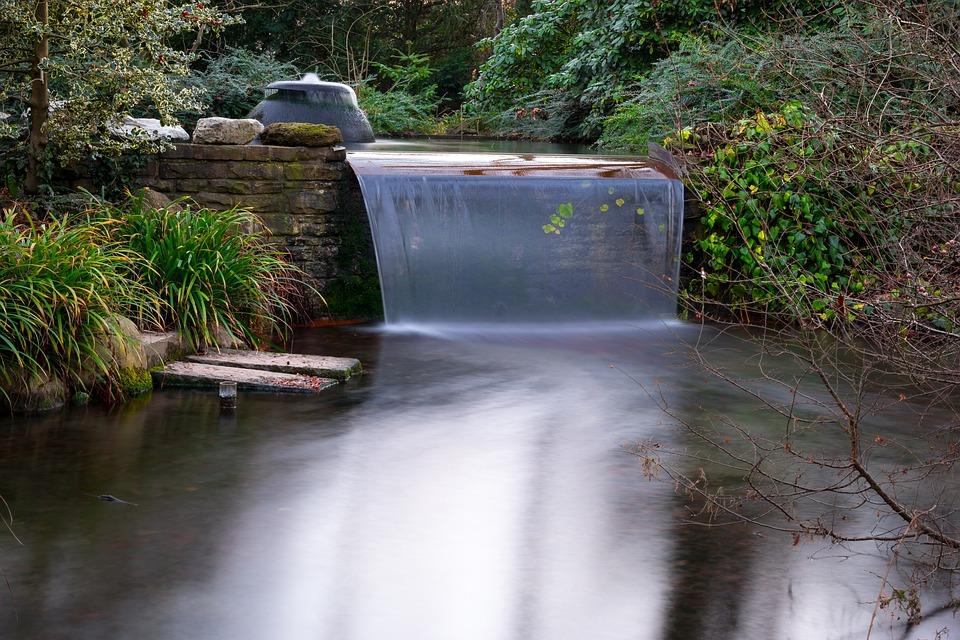 Fließen  Kostenloses Foto: Wasserfall, Fließen, Teich - Kostenloses Bild ...
