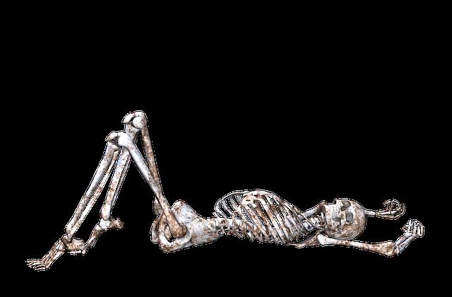 skeleton pose skull
