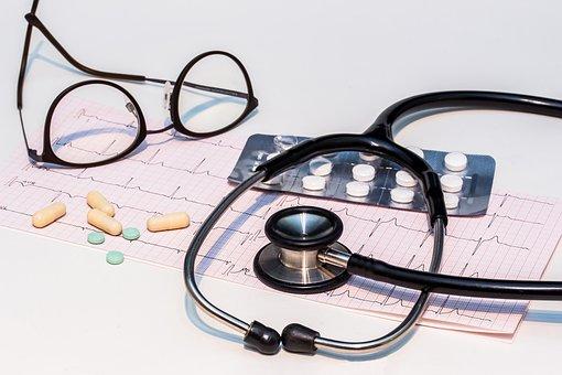 48岁买重疾险怎么买?高龄群体保险配置怎么做比较好?