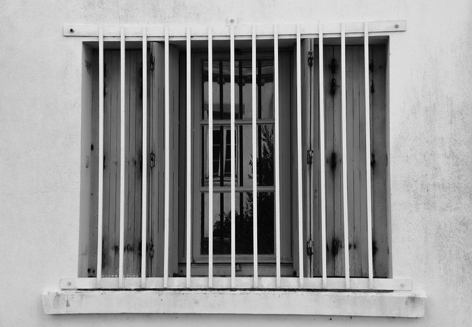 Fenêtre Barreaux Maison Photo Gratuite Sur Pixabay