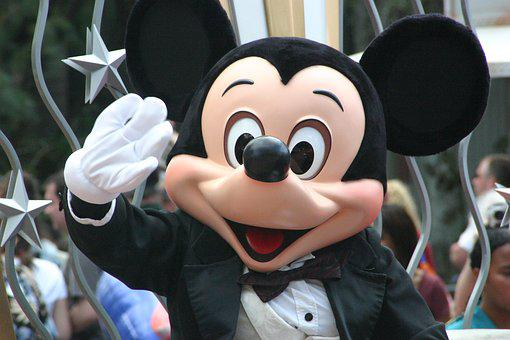 Mickey Mouse, Walt Disney, Parade