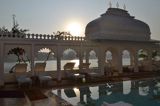 India, Udaipur, Rajasthan, Palace, Lake