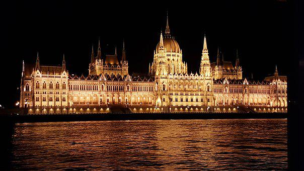 Capitales Imperiales, Budapest