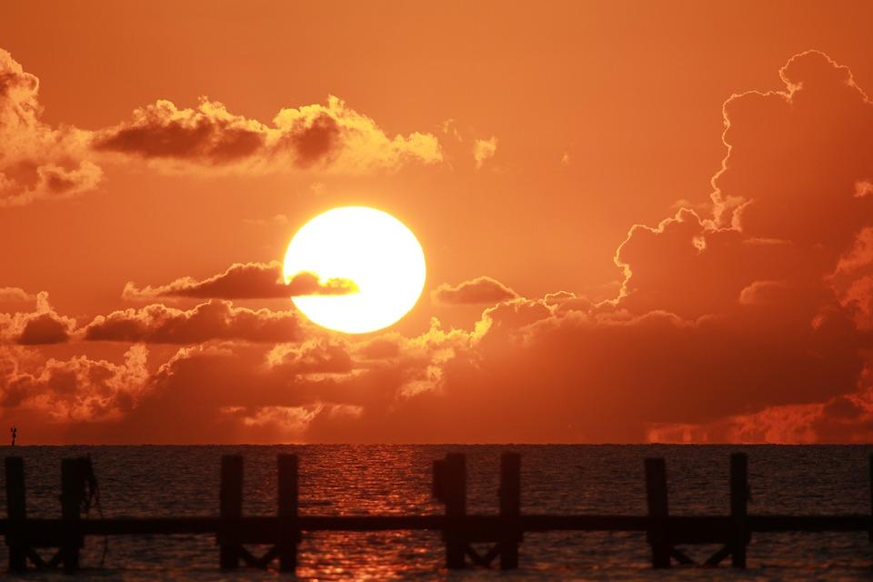 sunset-florida-1995636_960_720.jpg