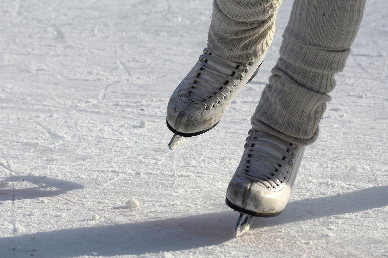 Bruslení je velmi oblíbený zimní sport. V tomto roce si ho ale příliš neužijeme