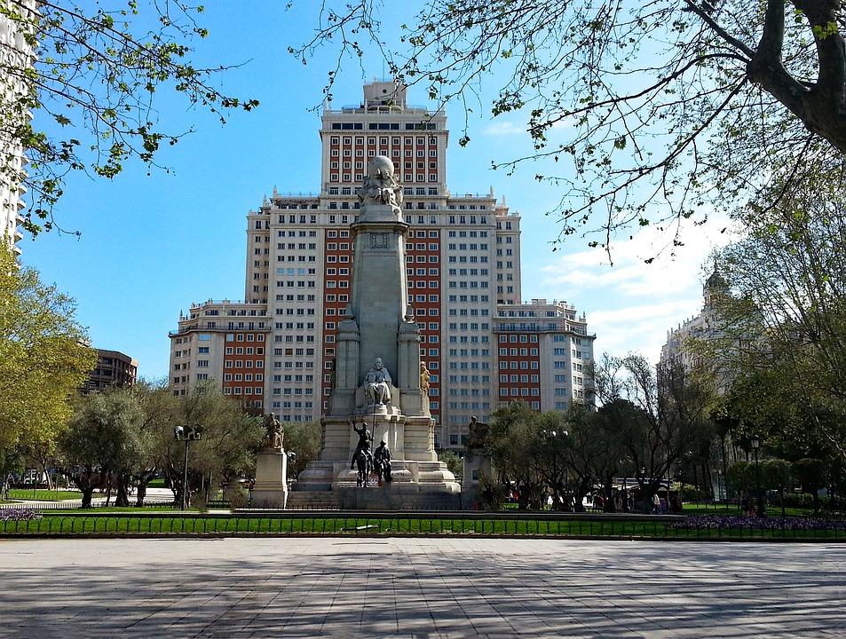 Plaza Espana, Madrid, España, La Cultura