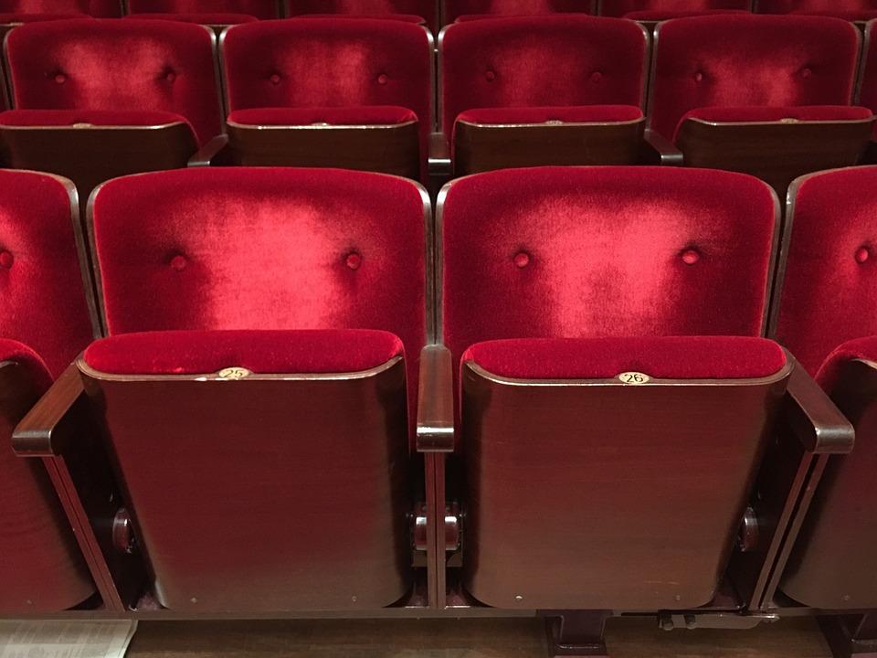 Teatro Le Sedie.Sedie Peluche Cinema Foto Gratis Su Pixabay
