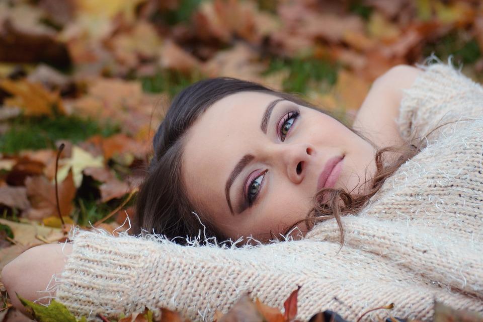 Free photo: Girl Lying Down - Free Image on Pixabay - 2010387