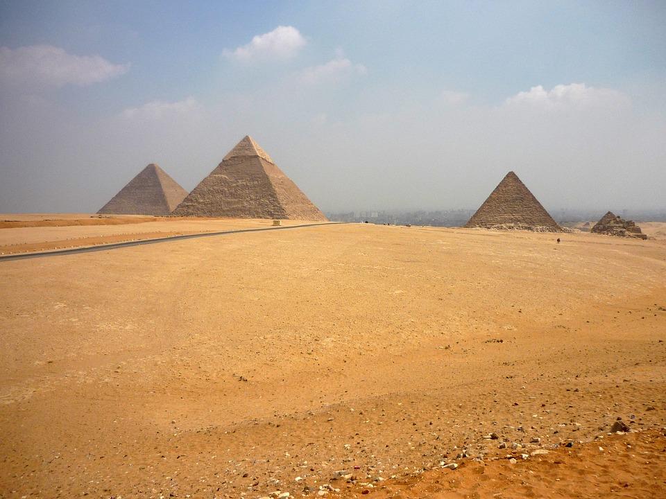 Resultado de imagen de gizeh piramide