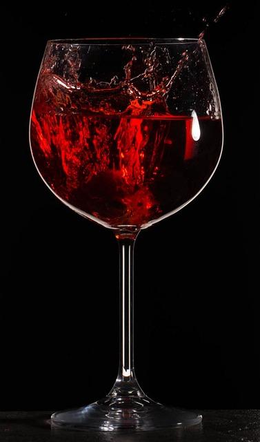 free photo splash wine drink liquid glass free