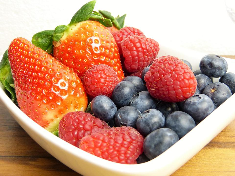 Frutta, Fresco, Fragole, Mirtilli, Lamponi, Vitamine