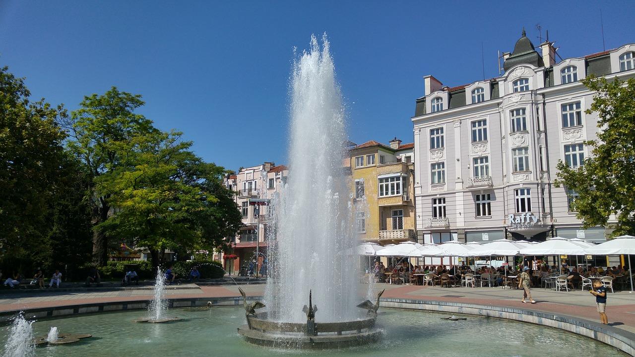 Plovdiv Stefan Stambolov Square fountain