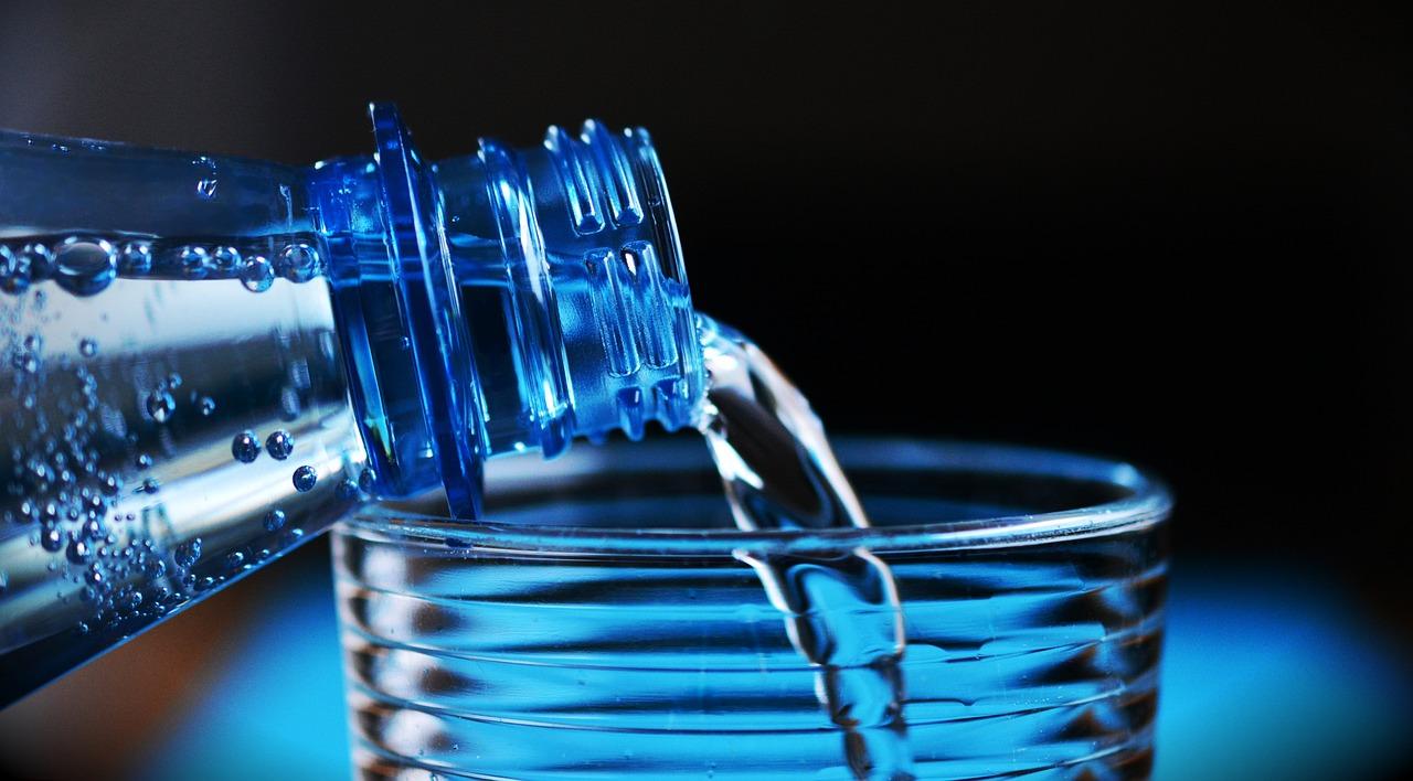 Botella, Agua Mineral, Botella De Agua, Agua Potable