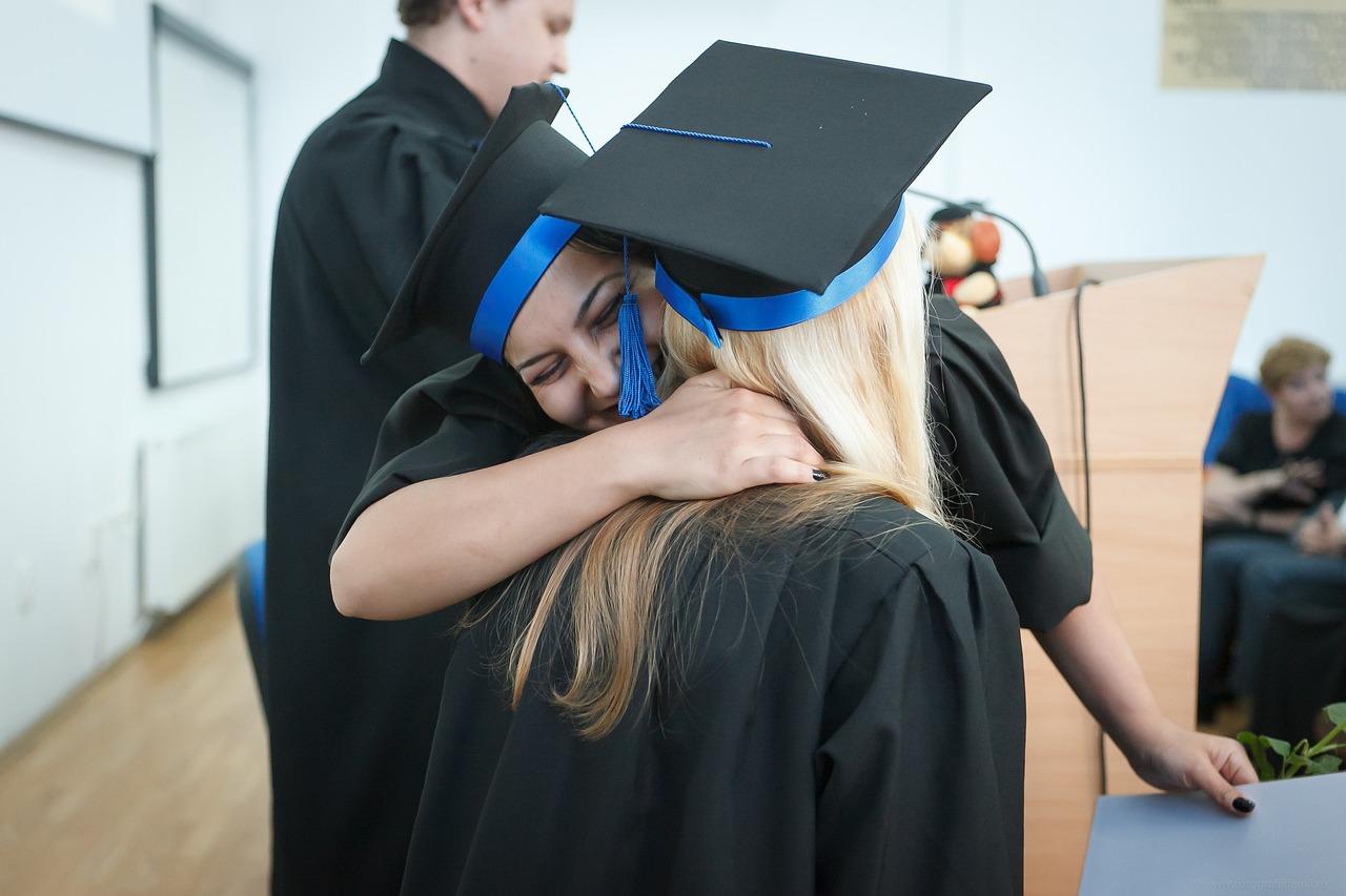 卒業 卒業式の日 大学卒業 - Pixabayの無料写真