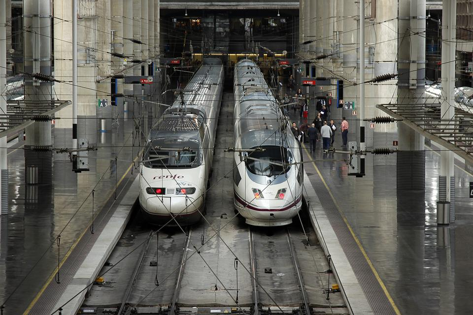 Trenes AVE en Atocha