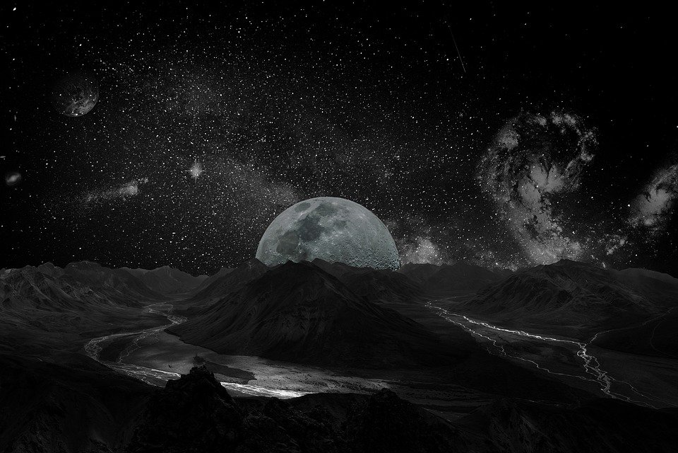 Luna Universo Spazio Via Foto Gratis Su Pixabay