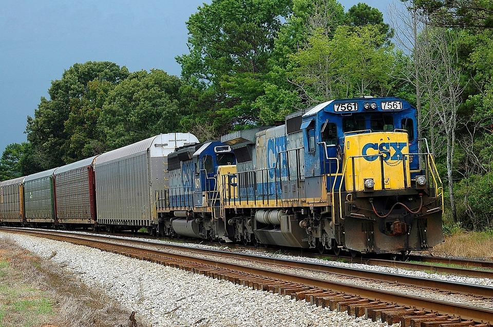dieseltrein tracks trein 183 gratis foto op pixabay