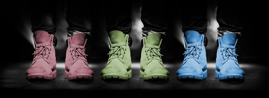 412382ae758 Shoes