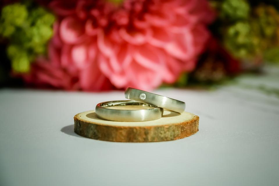 В браке 9 лет название свадьбы необычные традиции и идеи подарков