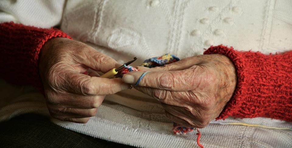 knitting hands