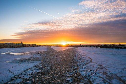 Saint - Pétersbourg, Coucher De Soleil