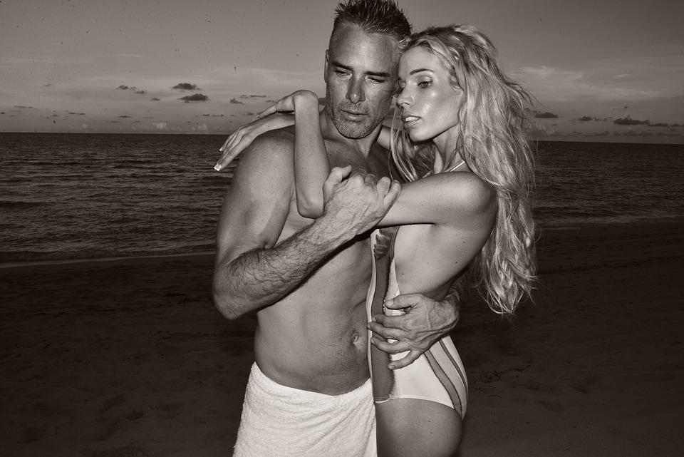 カップル, ビーチ, ビーチ カップル, 女性, 愛, 男, 海, 休暇, 人, 幸せ, ロマンス, 2