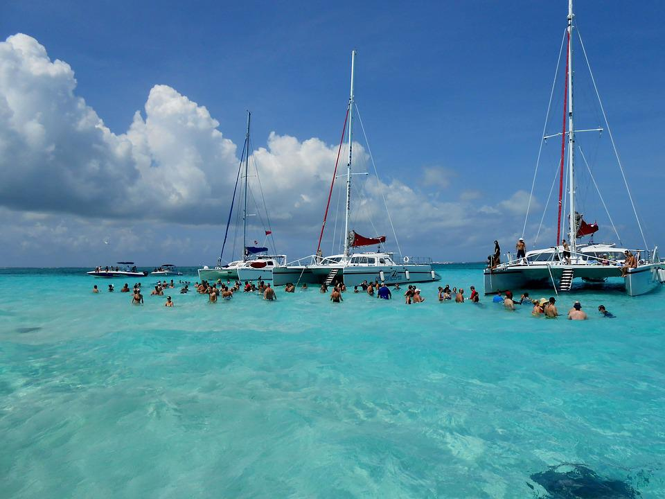 Grand Cayman, Cayman Islands, Stingray City, Stingrays