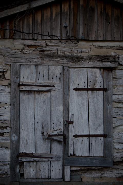 картинки двери деревенские