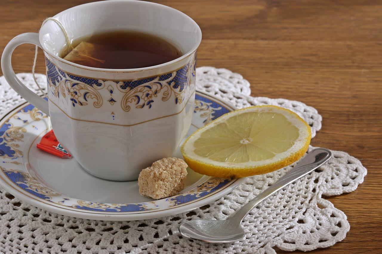 фото двух чашек чая с лимоном тренингов красоты