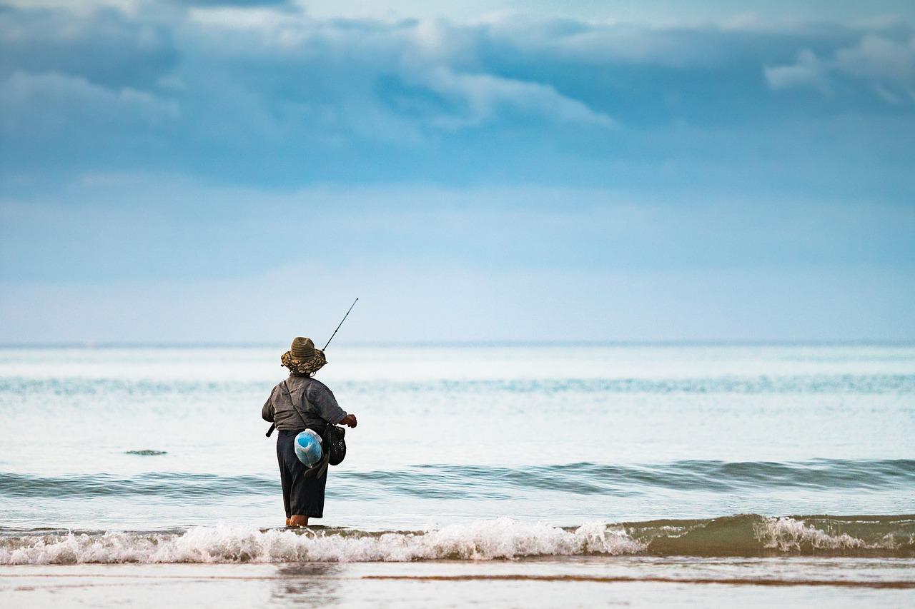 Картинки с рыбаками в море